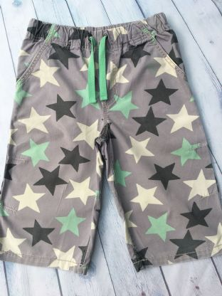 Mini Boden grey shorts with star pattern age 10 (fits age 9-10)